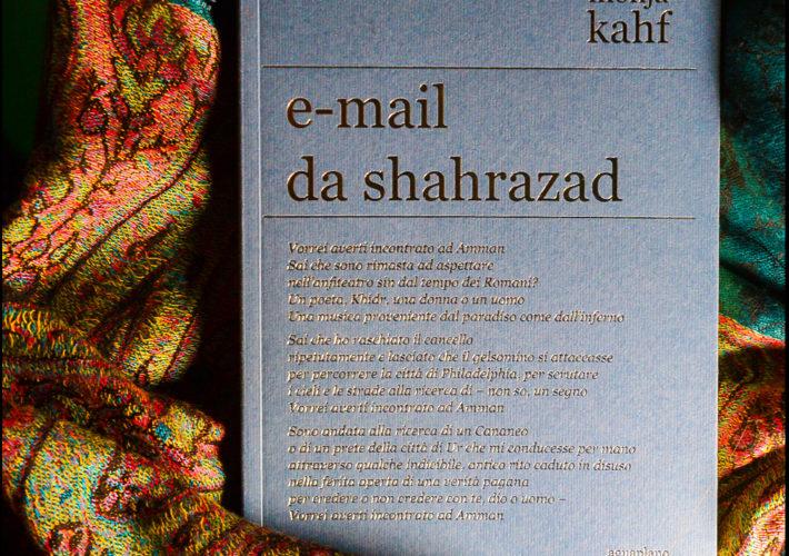 E-mail da Shahrazad Poesie scelte - Mohja Kahf - Aguaplano