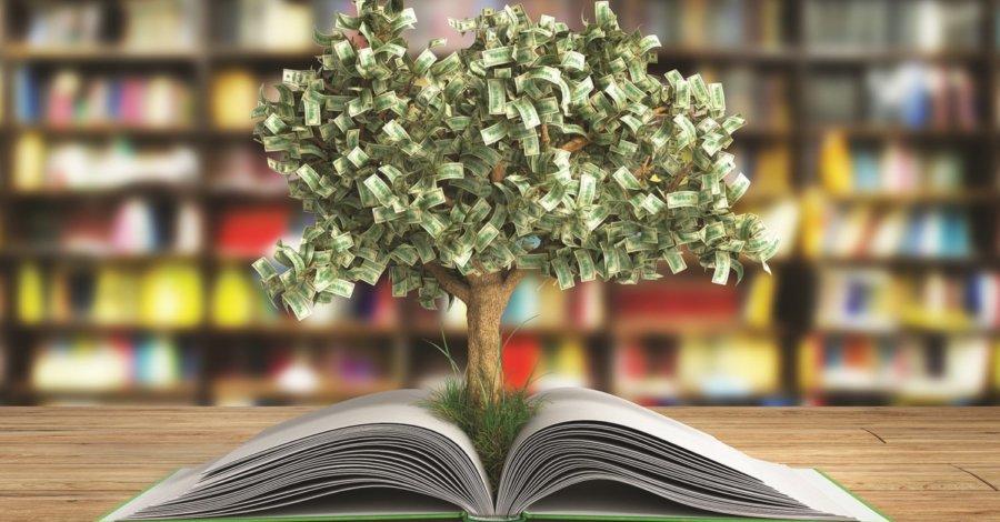 i cinque scrittori più pagati nel 2019 - albero - libri