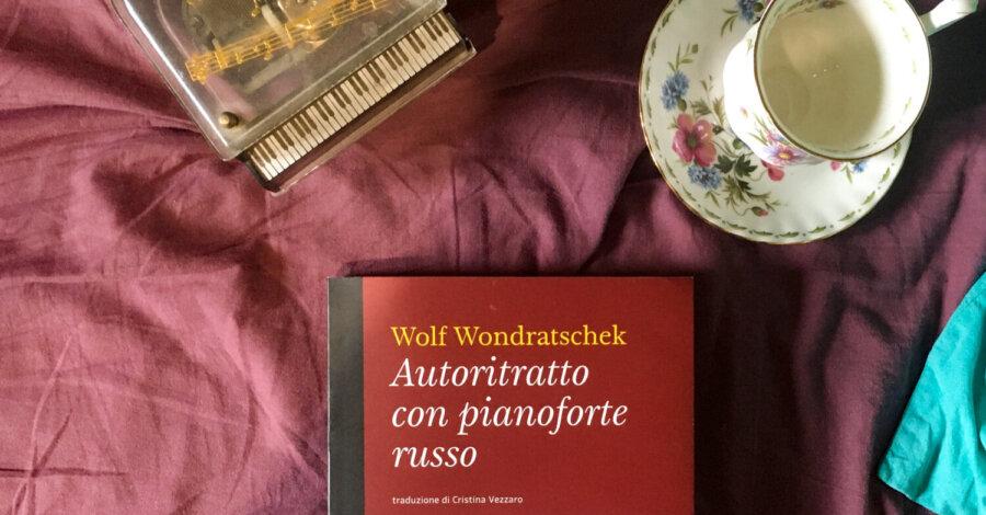 Autoritratto con pianoforte russo - Wolf Wondratchek - Voland